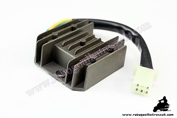 Feszültség szabályzó 5 szálas 12V AC / DC tip 1 C19003